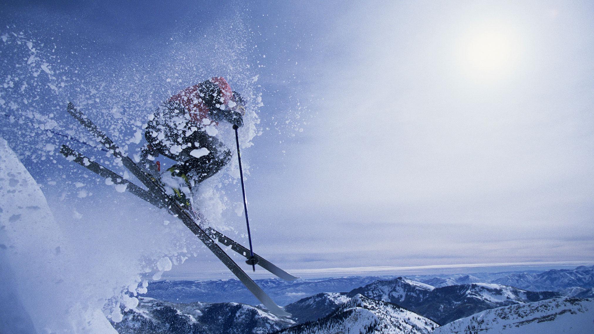 FokusWinterguide-Chronicle-Skiër