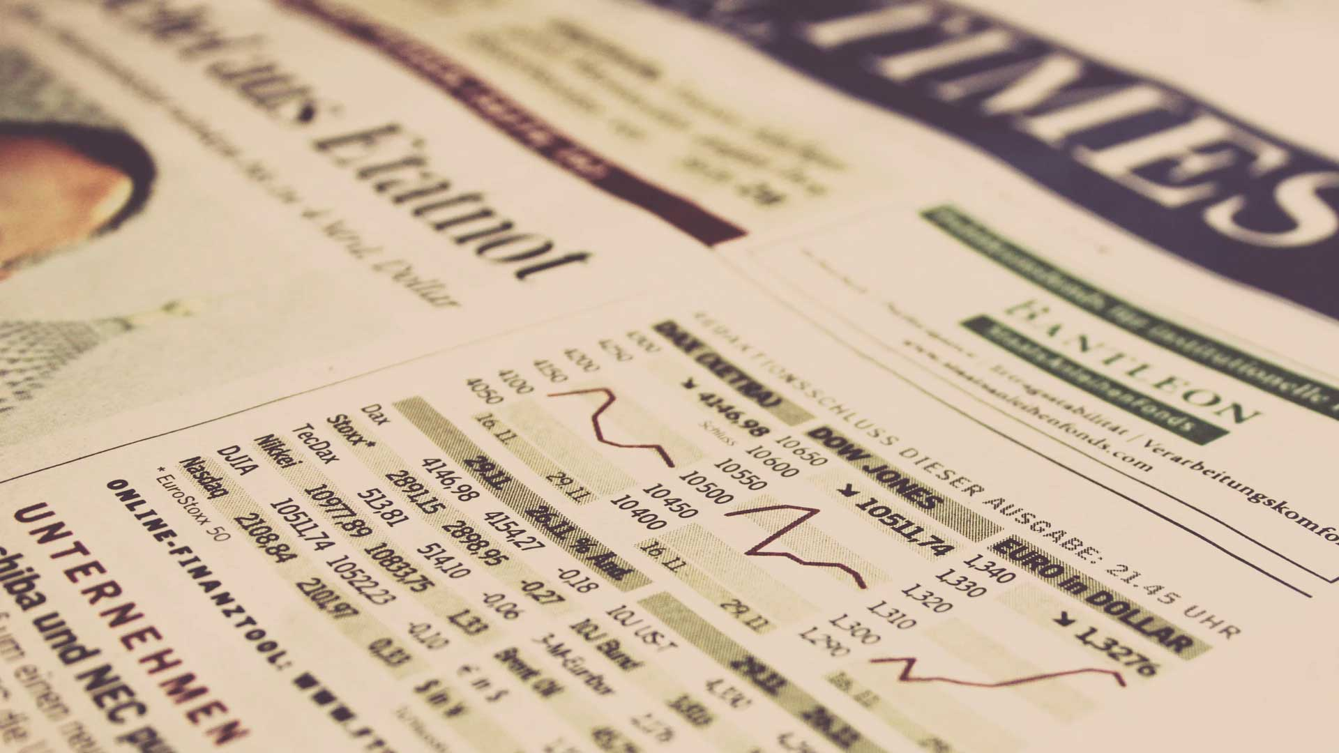 Journal avec chiffres et graphiques