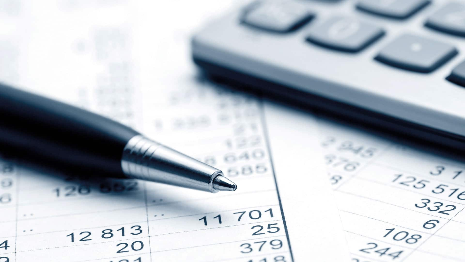 Pen, papier en rekenmachine
