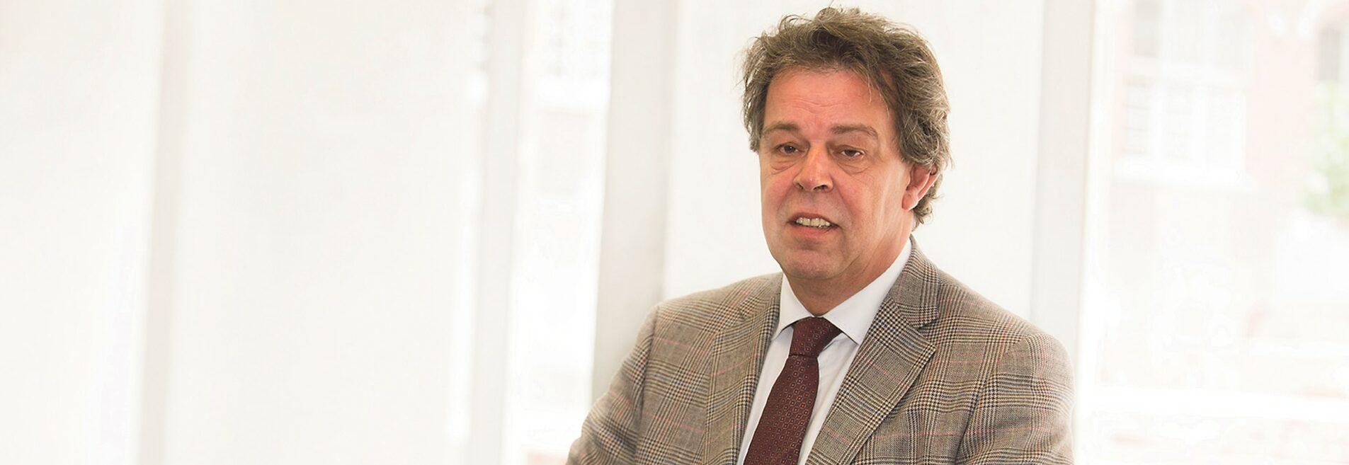 Hans Crijns, Vlerick Business School